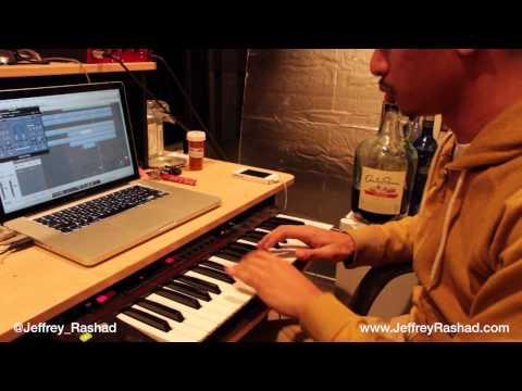 Jeffrey Rashad Makes A Piano Hip Hop Beat In The Studio