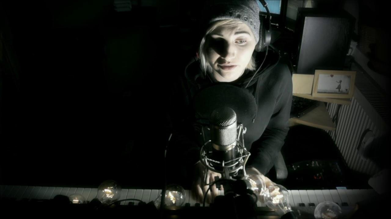 northlane-quantum-flux-piano-vocal-cover-by-lea-moonchild-lea-moonchild