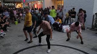 Gambar cover JHKTV] 홍대댄스 핀란드hong dae k pop dance finland tourists nuggetsofficial  team  BOSS