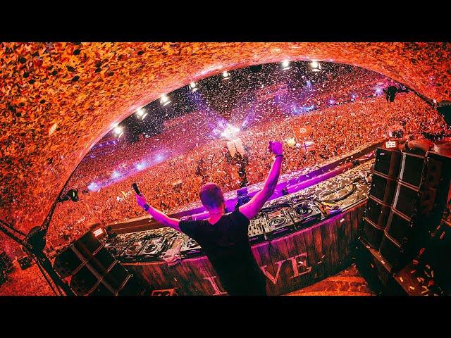Armin van Buuren live at Tomorrowland 2019 (15 Years Tribute)