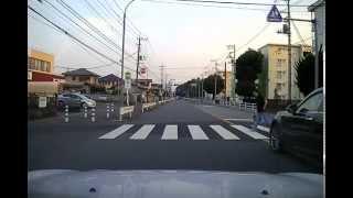 横断歩道と歩行者 thumbnail