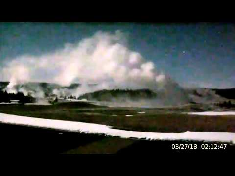 Overnight? Whatha! Huge Geysers, Flying Objects@Yellowstone