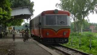 MG Railbus departs from Dohrighat to Indara