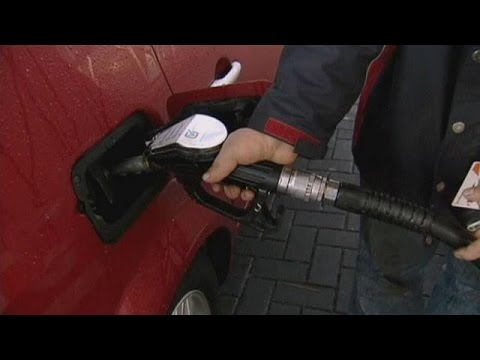 ABD'de Benzin Bazı Su Markalarından Daha Ucuz