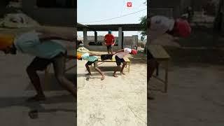 Athrangi videos..... Karnataka election results ka bad Jo kuch huwa uska yek namuna