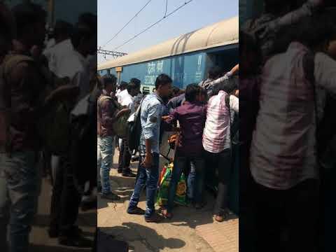 Godan express Kalyan Mumbai Diwali Gardi