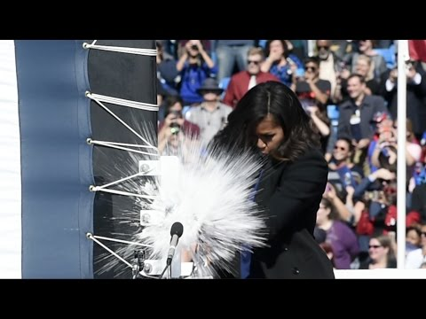 First Lady christens the submarine Illinois at Electric Boat