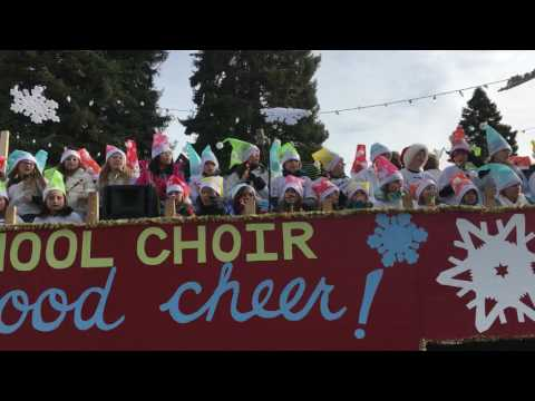 Bend Christmas Parade 2016 - High Lakes Elementary School