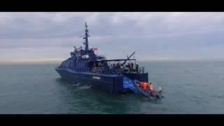 Kapal Patroli Bea dan Cukai RI 30006