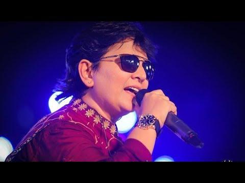 Falguni Pathak Navratri 2018 - Day 4