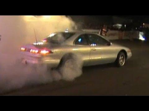 Lincoln Mark Viii Vs Mercedes E500 Drag Race Youtube