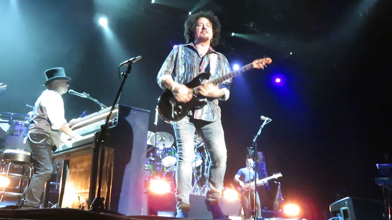 Toto home of the brave warner theater torrington ct also rh youtube
