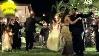 Download Asi&Demir --baila morena Mp3 and Videos