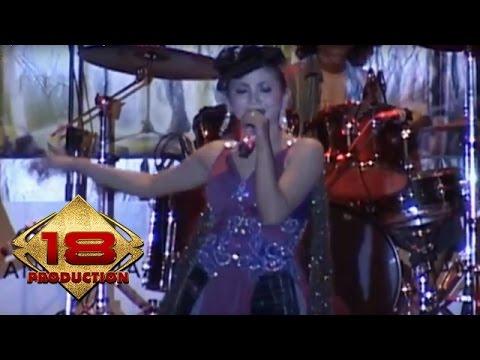 Ira Swara - Jablay   (Live Konser Brebes 4 Agustus 2007)