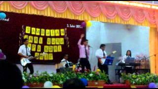 Anak Kampung - Kami Hanya Guru (Sambutan Hari Guru 2012 IPG KDRI)