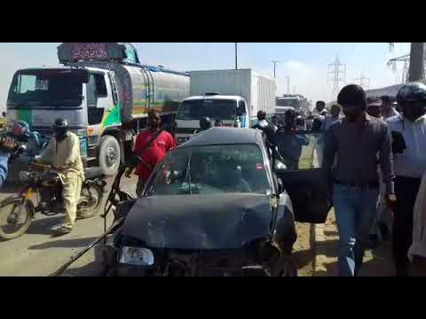 Deadly accident at Jam sadiq bridge Karachi.