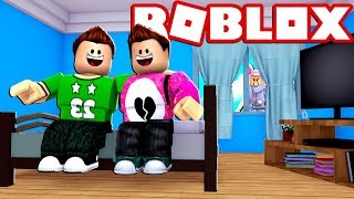 APPOINTMENT WITH MY FRIEND AND YOUR GIRLFRIEND IS ANGRY Cerso roblox in Spanish