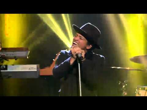 Bruno Mars - Locked Out Of Heaven -...