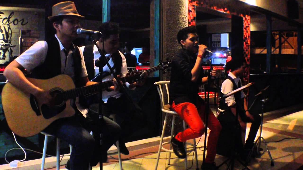 Treasure By Bruno Mars Acoustic Cover By Matadorcoustic Band From Batam Island Indonesia