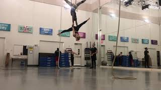 Baixar Donald Glover/Beyonce - Can You feel The Love Tonight Dance (Aerial)