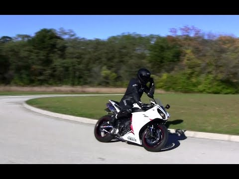 Low Speed Knee Downs Are Not Fun - Yamaha R1 Knee Downs Around Small Roundabout