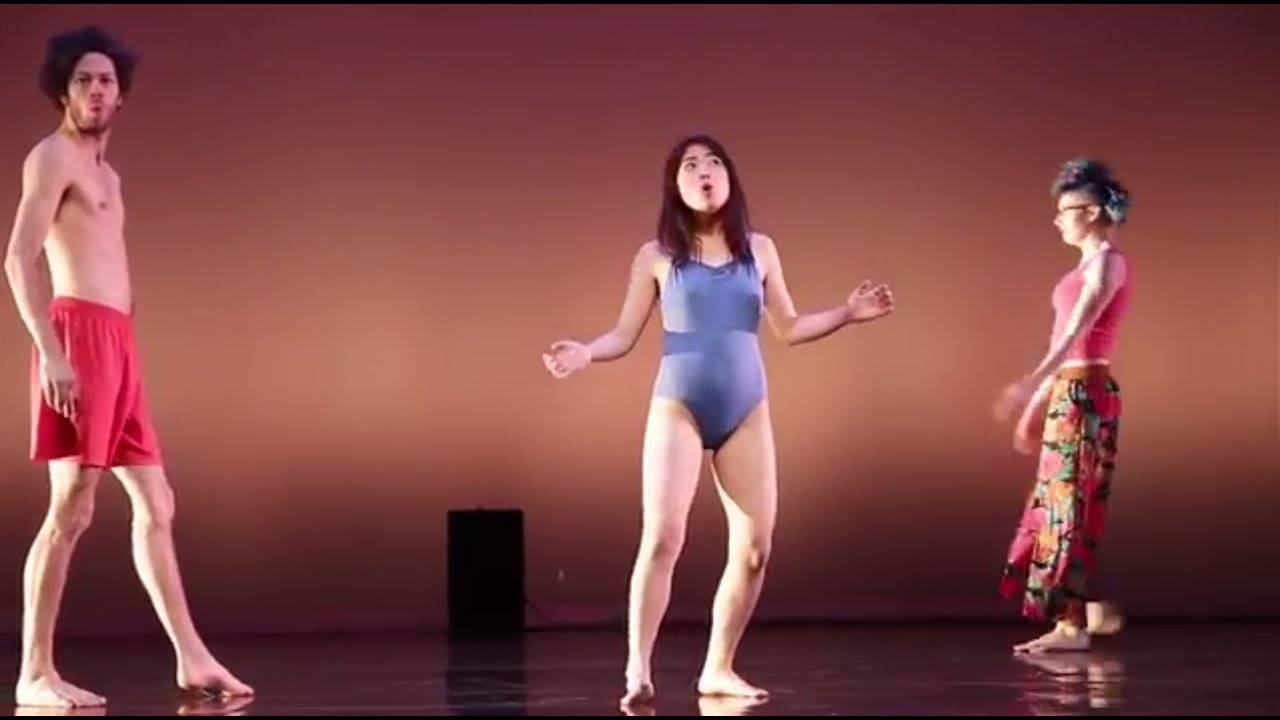 Topless girl dancing at perth soundwave 2012 - 3 part 1