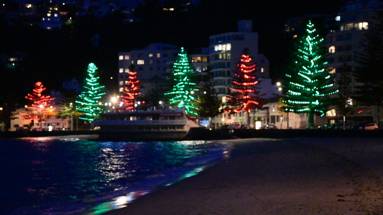 Wellington\'s (NZ) new Xmas light in Oriental Bay - YouTube