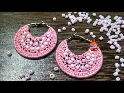 Beautiful and elegant hoop earrings with glassbeads.. #hoops #earrings #beadwork #crochet #chandbali