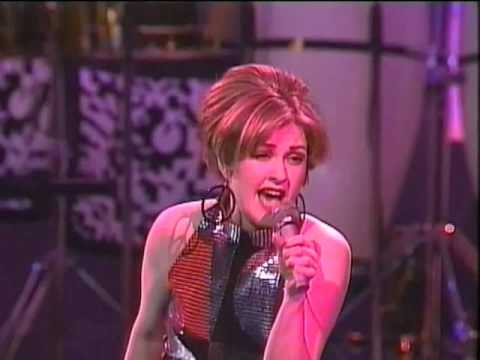 Cyndi Lauper live in Yokohama - Japan 1991