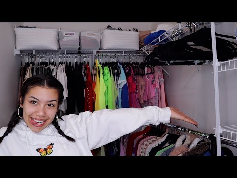 CLEANING OUT MY CLOSET & LIFE *satisfying*