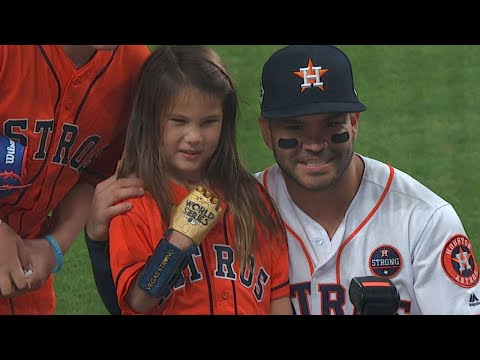 Hailey Dawson's day on her way to WS first pitch