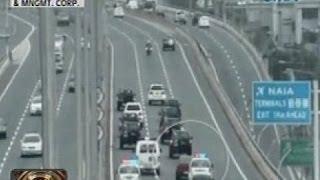 Download lagu 24 Oras: Motoristang sumingit sa convoy ni PNoy, pananagutin ng palasyo