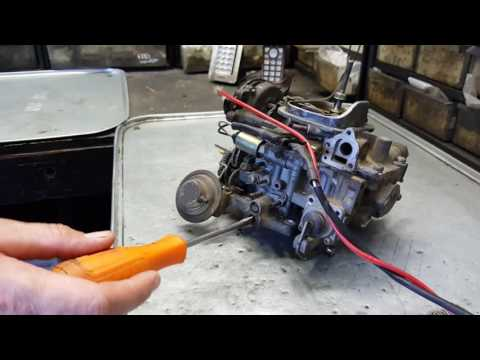 Tuning Toyota PickUp Carburetor.