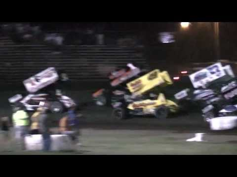 World of Outlaws heat 1 Friday of 60th Gold Cup - Silver Dollar Speedway