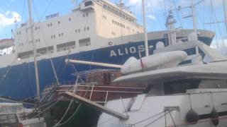 Lavrio port bad weather accident..