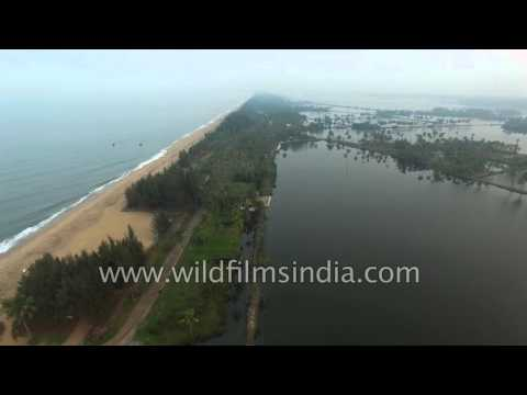 Cherai backwaters and beach in Kerala, on the island of Vypin : Aerial 4K