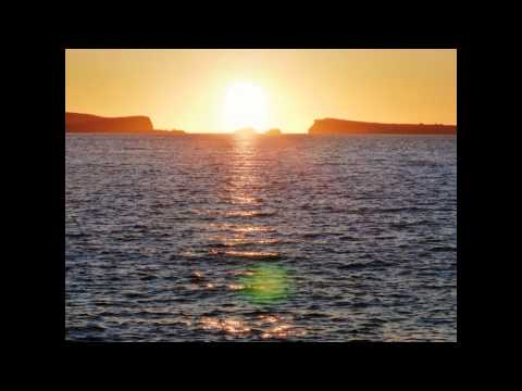 DJ Aidge T - Ibiza - cafe del mar - sunset - mix 10.10.2011 19-20Uhr