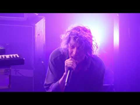 """LE VILLEJUIF UNDERGROUND """"Wuhan Girl""""- Live - GAM (Grange à Musique) - Creil - 24/03/2018"""