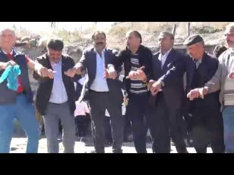 Milletvekili Beyribey düğünde baş barı çekti