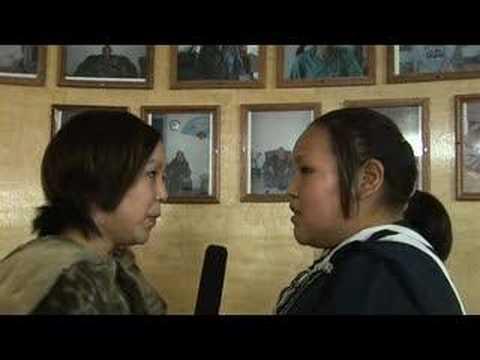 Inuit Throat Singing: Kathy Keknek and Janet Aglukkaq (long)