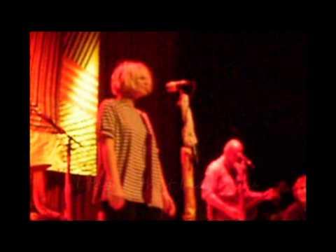 Distractions  - Sia (live with lyrics)