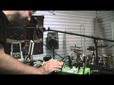 Loop Pedal Vocal FX w/ Pigtronix Keymaster