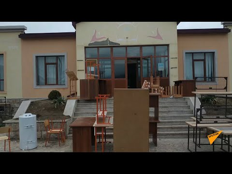 Из школы села Ухтасар Аскеранского района вывозят имущество