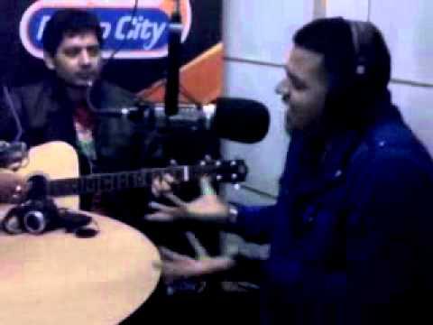 G-Deep Singing Mahi Mera on Radio City 91.1 FM New Delhi with Kannu on Guitar