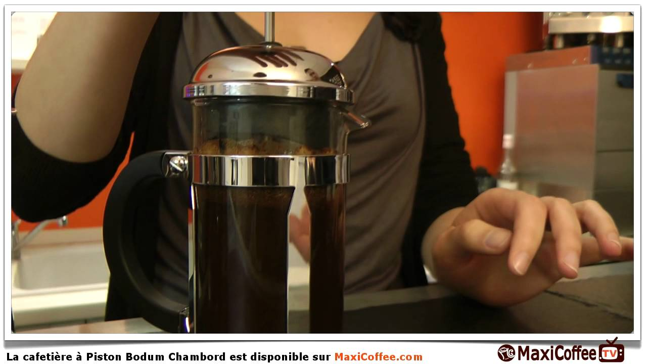 pr sentation de la cafeti re bodum chambord youtube. Black Bedroom Furniture Sets. Home Design Ideas