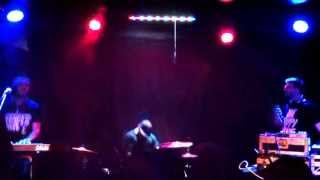 Keys N Krates - Treat Me Right - Live at This Ain