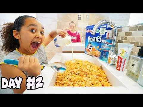 24 HOUR CHALLENGE OVERNIGHT IN MY BATHROOM!!