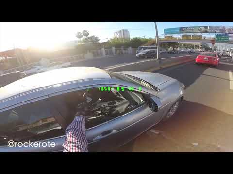 Ayer un conductor tiró basura en la calle de mi Monterrey