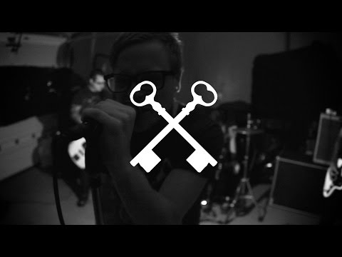 Hundredth - Hurt (Official Music Video) mp3