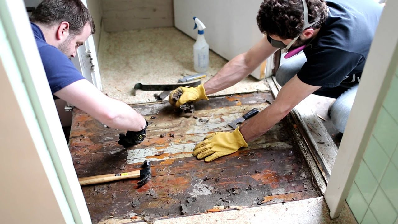 Asbestos kitchen floor removal demo4 youtube dailygadgetfo Images